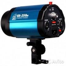 Вспышка GRIFON SS-250DI (250Дж) (синхронизация по 1-му или 2-му импульсу)