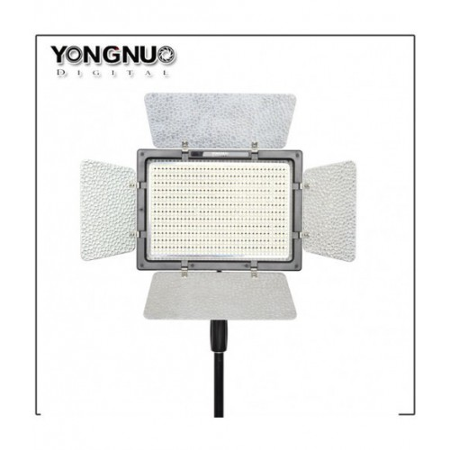 Светодиодный осветитель YongNuo YN-900