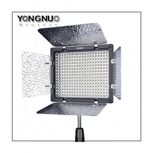 Светодиодный осветитель YongNuo YN-300 III